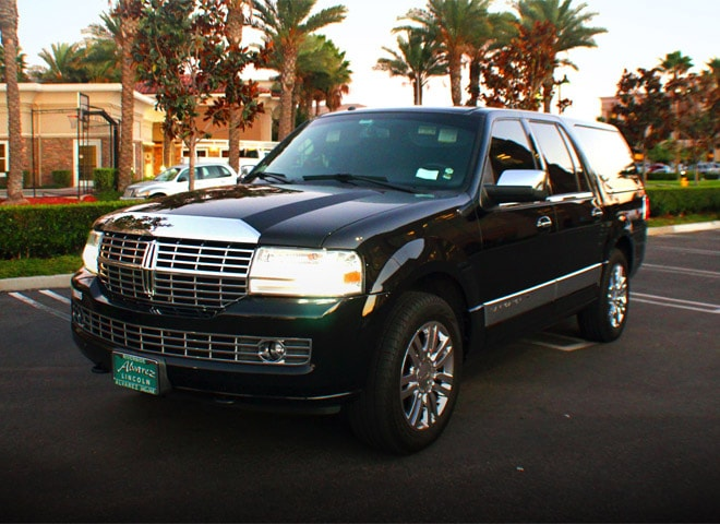Lincoln Navigator in Redlands